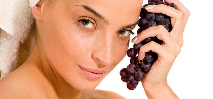 Las uvas tienen multitud de propiedades y beneficios para tu piel