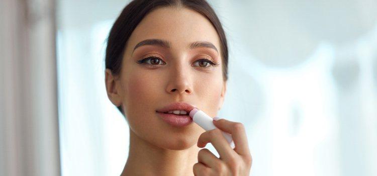 Prueba a echarte una mascarilla de uvas antes de maquillarte y verás como tus arrugas se reducen