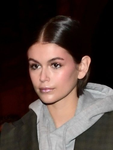 Kaia Gerber con un make up repleto de glitter