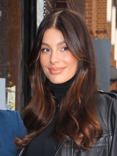 Camila Morrone se enamora de los tonos marrones