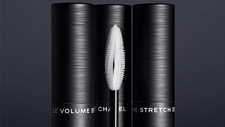 Así es el cepillo 3D de la nueva máscara de pestañas de Chanel
