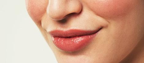 Apuesta por el gloss para dar brillo y volumen a tus labios