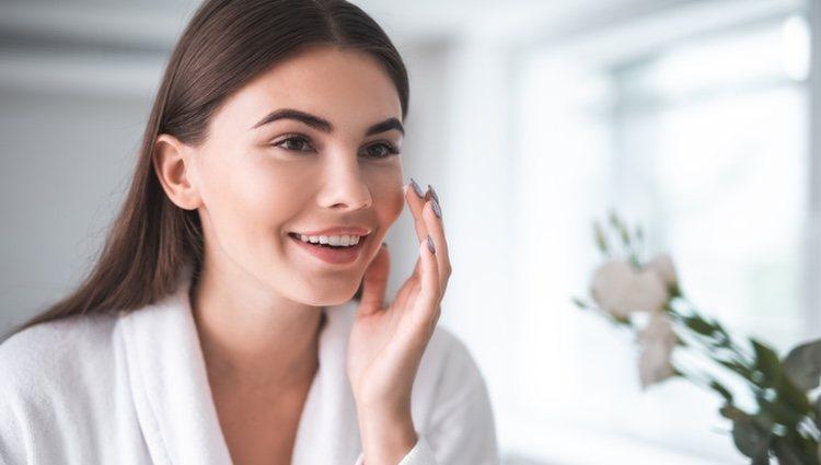 El uso de retinol a una edad temprana previene la aparición de arrugas