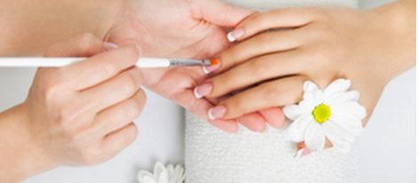 Apuesta por las uñas postizas y presume de manos