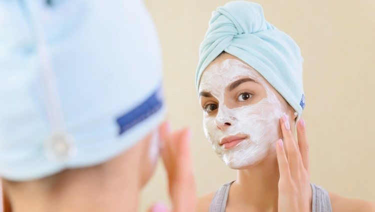 La mascarilla facial te ayudará a tener una piel hidratada y tersa