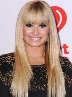 Demi Lovato teñida de rubia