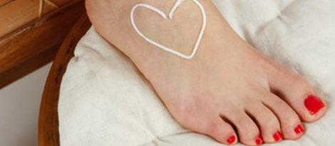 Evita las uñas encarnadas y presume de pies bonitos