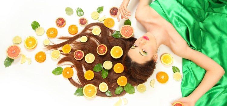 Los cítricos le aportarán muchas vitaminas a tu cabello