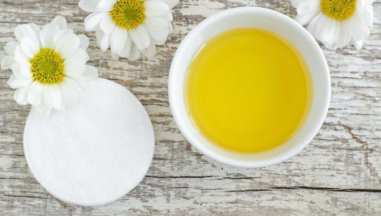 El aceite de oliva puede ayudarte a endurecer tus uñas