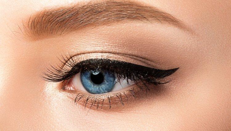 El eyeliner será tu mejor aliado para un maquillaje perfecto