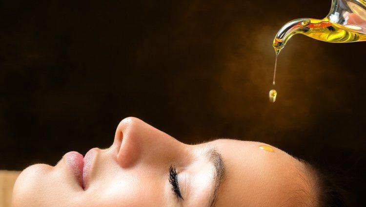 El masaje se puede hacer o con sin aceite o loción