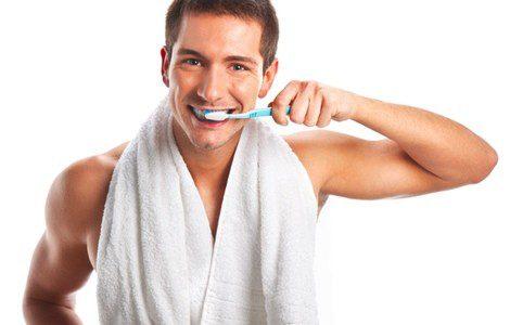 Es muy importante cuidar la higiene bucal para prevenir la aparición de llagas