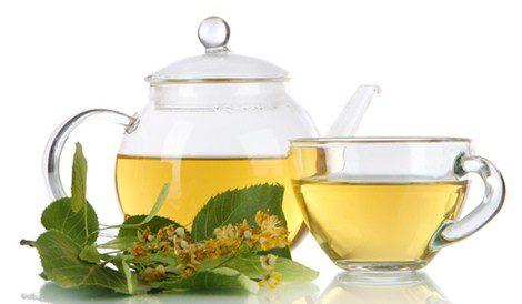 El té verde, un aliado astringente contra la sudoración