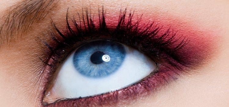 Para los ojos azules es recomendable las tonalidades de rosa