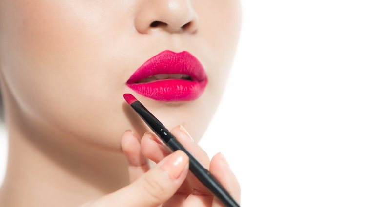 Arriésgate con un labial rosa