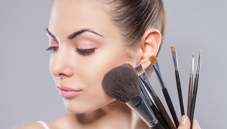 El maquillaje natural es perfecto para todo tipo de pieles y de beauty looks