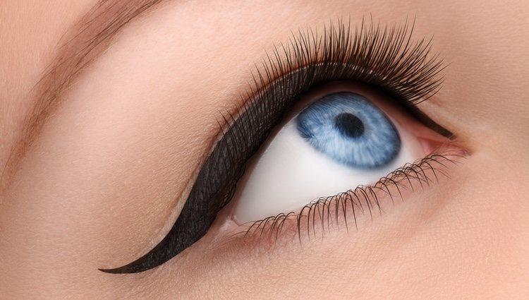 Si te manejas con el eyeliner líquido, puedes tener un gran resultado