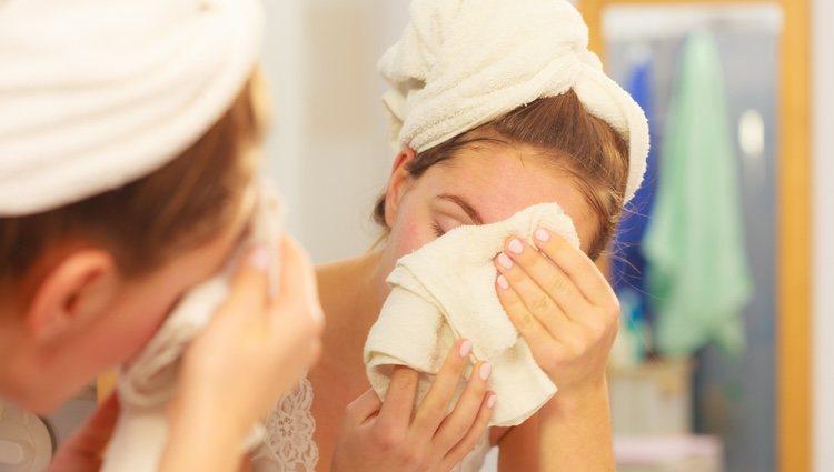 Lo más importante es tener la cara siempre limpia e hidratada