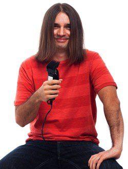 El pelo largo debe cortarse para que crezca sano