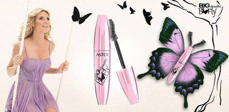 Heidi Klum promocionando la nueva máscara de pestañas de Astor
