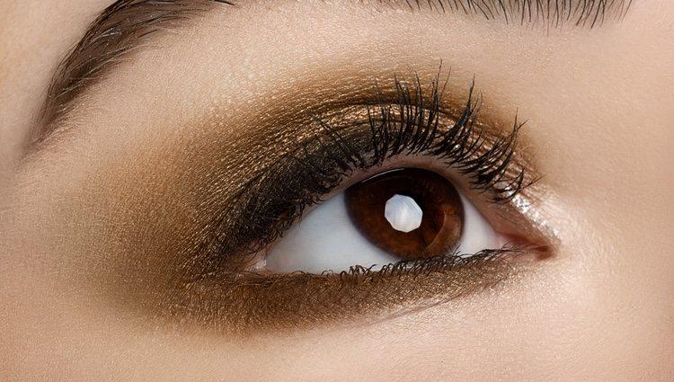Utiliza el gloss para unos labios brillantes sin apenas color