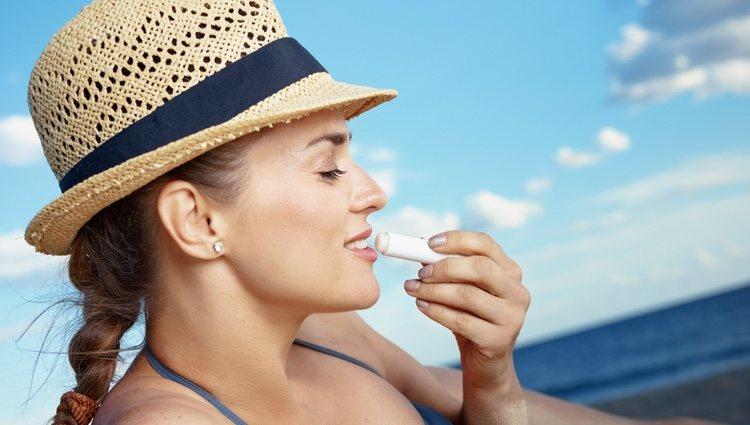 La vaselina nunca te puede faltar para hidratar tus labios