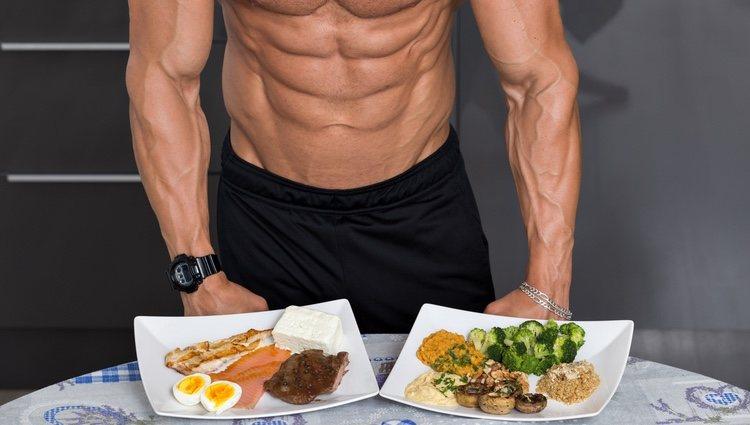 No saltarse las comidas y llevar una alimentación equilibrada es fundamental
