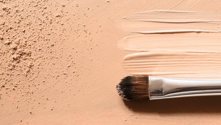 Es importante aplicar la CC Cream de forma uniforme para un correcto resultado
