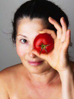 El tomate te ayudará a cuidar tu piel como se debe