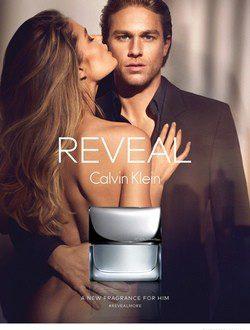 Charlie Hunnam y Doutzen Kroes para Calvin Klein