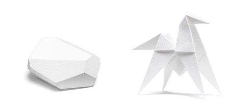 Caballo de origami y guijarro perfumados de Hermès