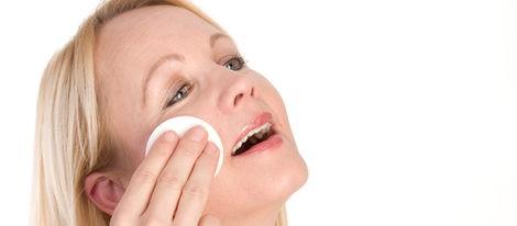 Cómo ocultar el acné con maquillaje