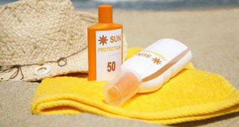 Gracias a las cremas solares podemos evitar la aparición de quemaduras y posibles problemas de piel