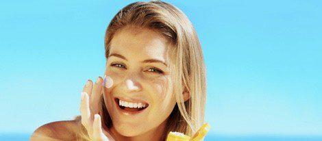 La aplicación de la crema solar es necesaria incluso cuando está nublado