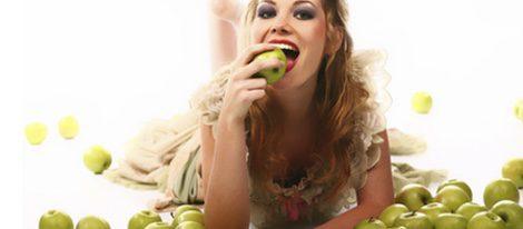 La manzana es un alimento con muchas propiedades, además de refrescante