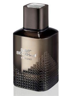 'Beyond', el nuevo trabajo aromático de David Beckham, alterna diseño y elegancia en su frasco