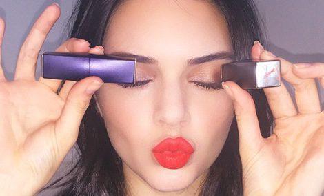 Kendall Jenner muestra cuál es su labial favorito / Instagram