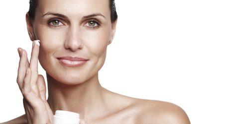 Piel mixta: cómo es, cómo cuidarla y claves para escoger el maquillaje perfecto
