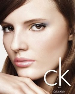 Tilda Lindstam, imagen de Calvin Klein