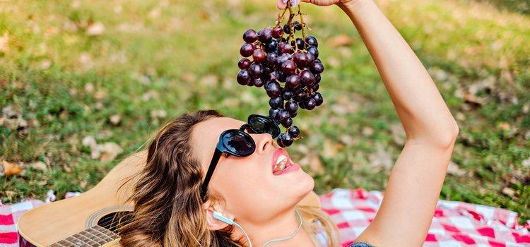 Las uvas protegen tu piel de los rayos solares
