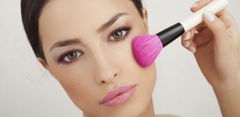 El contouring es una ténica de maquillaje revolucionaria