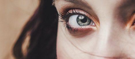 Resalta tus ojos y potencia tu mirada y olvídate de los ojos caídos