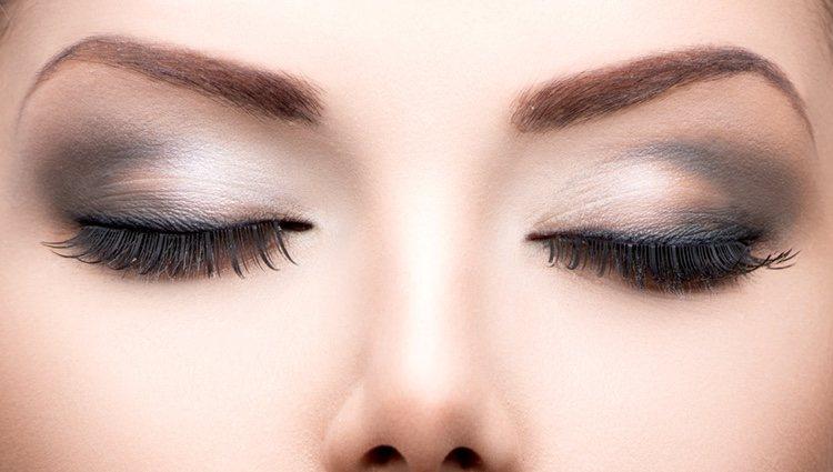 Las cejas tupidas son el mejor complemento a los ojos rasgados