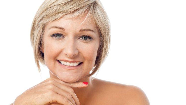 Consigue disimular tu barbilla con un maquillaje básico