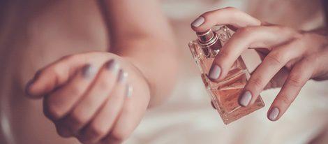 La muñeca es la zona idónea para echarse el perfume