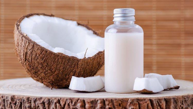 La crema de coco puede ser tu gran aliada para el cabello
