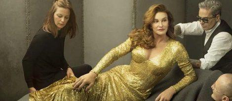 Imagen promocional de la colaboración entre Caitlyn Jenner y MAC