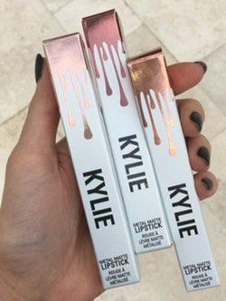 Metal Matte Lipstick Kylie Cosmetics