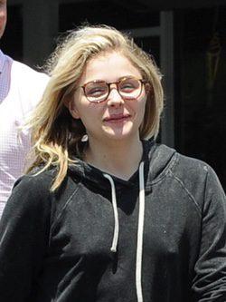 Chloe Moretz sin maquillaje