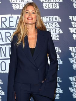 Doutzen Kroes en la fiesta 'Blue Obssesion' de L'oréal Paris durante el Festival de Cannes 2016